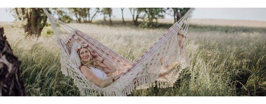 Riippumatot meiltä edullisesti ja nopeasti rentoutumiseen. Tilaa aito ja hyvä riippumatto! Toimitus 0 €.