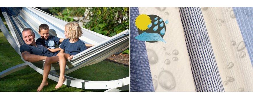 Perhe riippumatot koko perheelle ja leikkeihin. Tässä isossa riippumatossa makaat miten itse haluat, sivuttain tai pitkittäin.